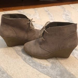 5 for $14 - White Mountain Wedge Bootie